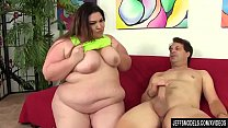 Steamy BBW Bella Bendz Sucks a Guy's Cock and T...