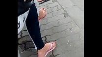 candid feet in flip-flops VID 20180626 150317031 HD