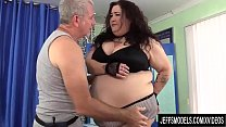 A Sex Crazed Masseur Rubs Down BBW Moon Baby's ...
