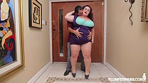 Sexy Cougar BBW Lady Lynn Fucks Latin Landlord ...