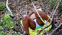 Ebony SLUT maturbates outside