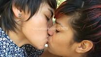 Girls Kissing (Kissing SD Video1 Preview) Thumbnail