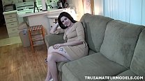 Amateur Girl Modeling Nude At Home And Spreadin...