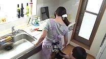 ชายหนุ่มจ้างแม่บ้านมาทำงานบ้านก่อนจะโดนเขาเอาโหด