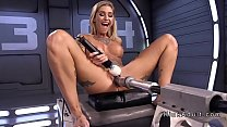 Tattooed lady gets machine and squirts