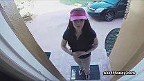 Download video bokep Pizza delivery girl fucks for cash on video 3gp terbaru