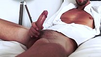 100% Amateurs - He cums for women on live cam
