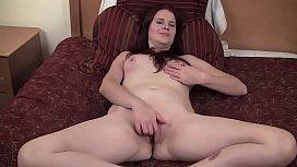 Red Haired Yanks Minx Sophia C Masturbating
