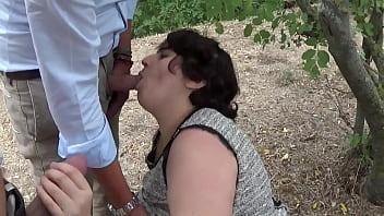 Zoccola italiana trombata davanti a fidanzato ed amici girls gone wild lesbian threesome
