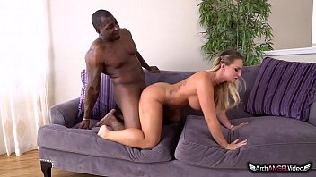 Streaming Video SUPER HOT CALI CARTER TAKES BBC AND SWALLOWS CUM - XLXX.video