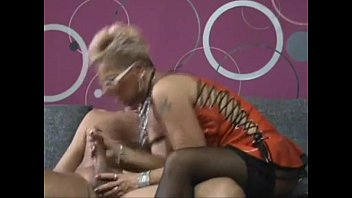 thumb Old Dirty Woman And Freak For Young Men Coroa