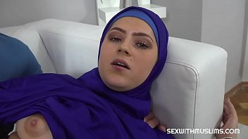 Vain Muslim woman fucked back to reality