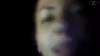 Puta mostrando teta e tirando catota do nariz na web -guarulhos SP
