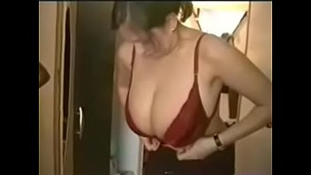 chat with naked girls online