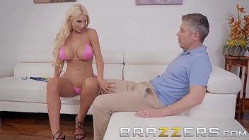 Video sex hot Brazzers Exxtra lpar Nicolette Shea comma Mick Blue rpar free porn videos in high quality Mp4