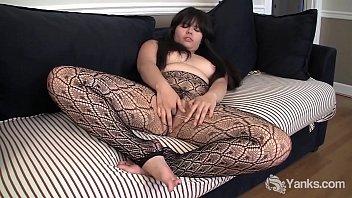 Yanks Chubby Hermine Haller's Pussy Balls
