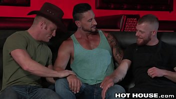 Hothouse swole hunk dakota rivers exciting 3some...