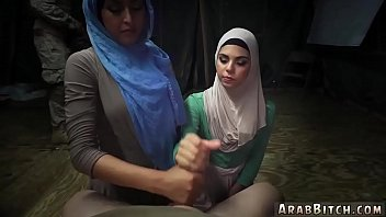 cover video Hairy Muslim Sneaking In The Base