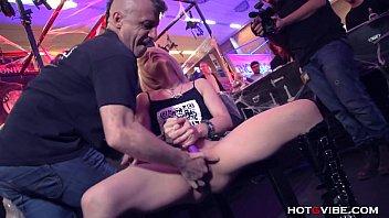 Porno In Public Si Masturbare Xxx