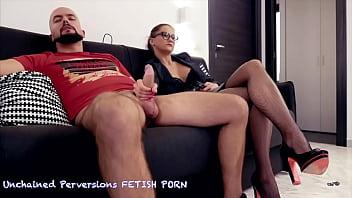Barbara Bieber - Dicky Manager Handjob