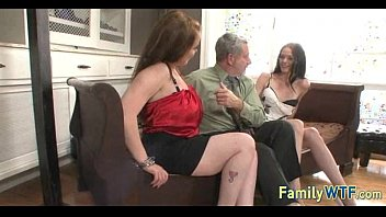 xxarxx Mom and daughter threesome 1099
