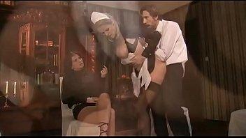 xxarxx  خادمة خادمة الجنس من المؤخرةي العربدة