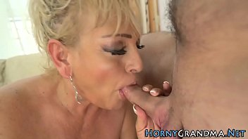 xxarxx Blonde granny face jizzed