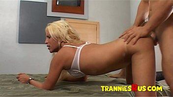 Tranniesrus 69 blowjob blonde big tits shemale...