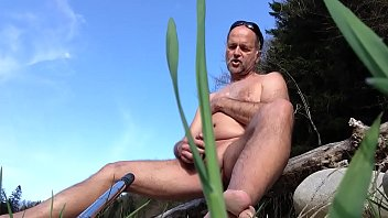 springbreaker teasing himself