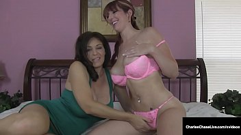 Mature Muff Charlee Chase & Young Lauren Phillips Eat Pussy!