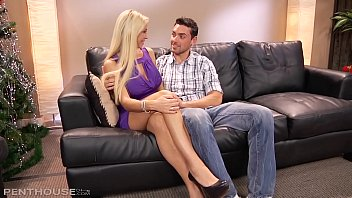 Streaming Video Penthouse Milf Evita Pozzi Sucks and Fucks like an out of control Nympho - XLXX.video