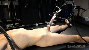boundlads milking a sensitive slave