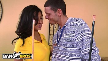 Bangbros - He Dreams Of Fucking His Stepmom Soffie, But His Gf Jade Jantzen Objects