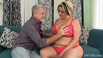 Sexy Fat Milf S inful Celeste Gets Her Pussy D ets Her Pussy Drilled Hard