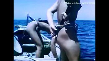 日本女人游泳