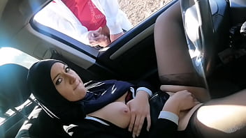 I surprised this muslim bitch with hairy pussy, we'll see if they are as slutty as we claim ...