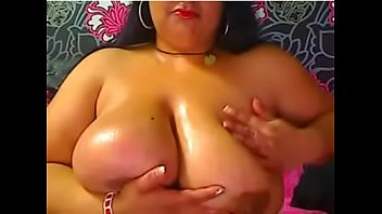 Romanian Gypsy BBW LatinHornyPie oiling her boobs and rubbing her pussy