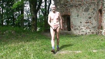 bbw anal torture Nackedei wichst auf Burg Landskron
