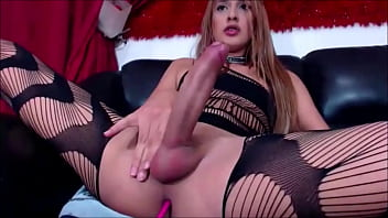 Sexy colombian jerking her 12 inch cock tscamdolls...