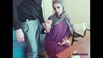 xxarxx Arab Cutie Zoe Sucks Dick Of Stranger For Money