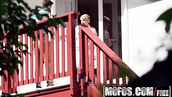 Mofos - Pervs On Patrol - Big Butt Blonde Makes Sex Tape For Her Ex starring  Mickey Blue thumbnail