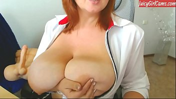Super hot british girl with perfect body - www.JuicyGirlCams.com