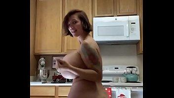Brittany Elizab eth In The Kitchen Dancing Nak hen Dancing Naked