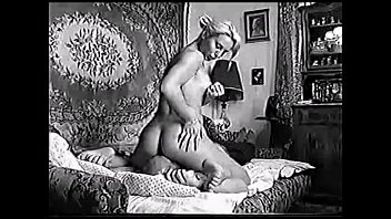 Katyusha - Soviet lady amatorial facesitting