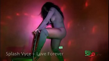 Doing it to Splash Vyce - Love Forever