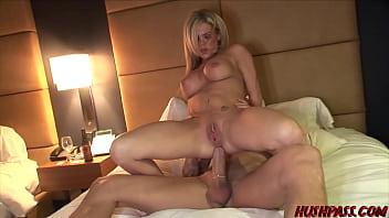 Streaming Video Dallas babe Kristi Fucks her way into the Movies - XLXX.video