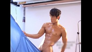 Asia amateur boy muscle big cock big dick...