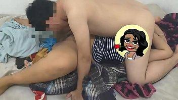 Gordita nalgona gran trasero adolescente jovencita de 18 años teniendo sexo con su novio y el le hace sexo oral y hacen el 69