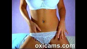 Cute Amateur Babe on Webcam Live Sex Show (8)