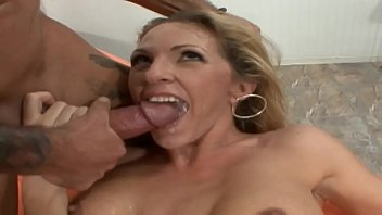 The husband agrees that the wife fucks with another
